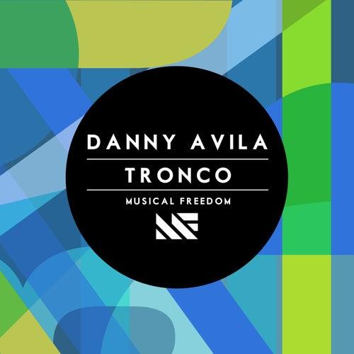 Tronco by Danny Avila
