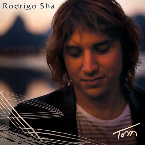 Tom by Rodrigo Sha