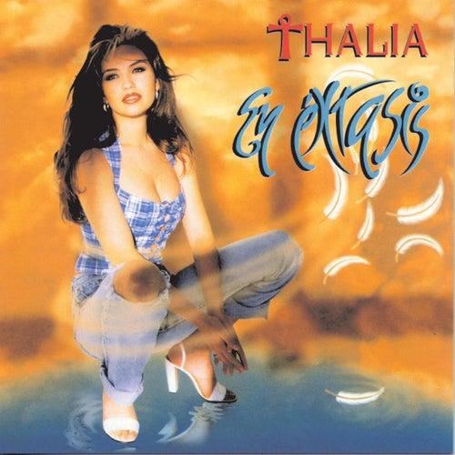 En Extasis de Thalía