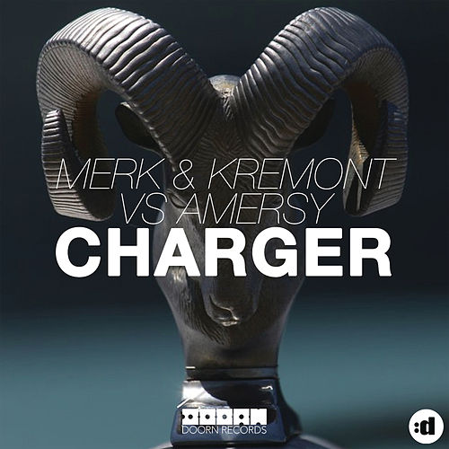 Charger by Merk and Kremont