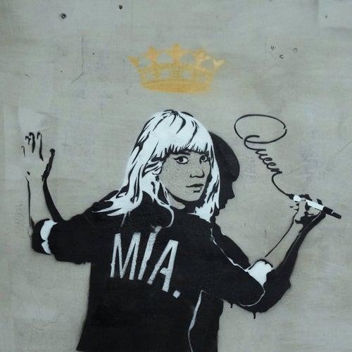 Queen de Mia.