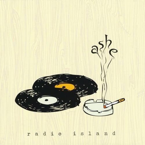Radio Island von Ashe
