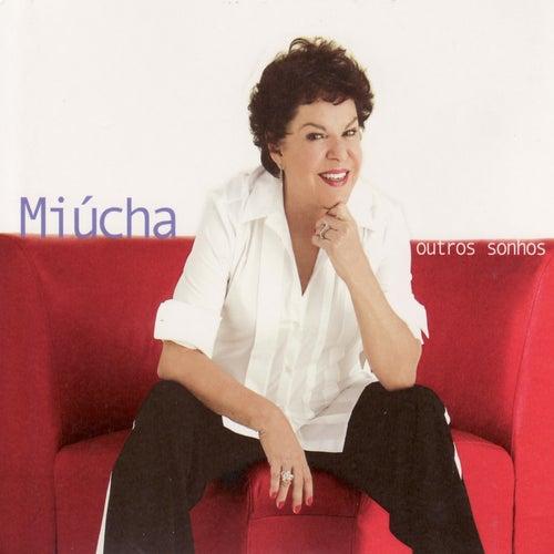 Outros Sonhos von Miúcha