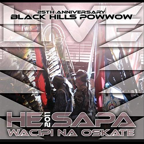 He Sapa Wacipi Na Oskate 2011 (25th Anniversary Black Hills Powwow) de Various Artists