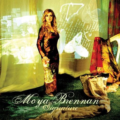 Signature de Moya Brennan