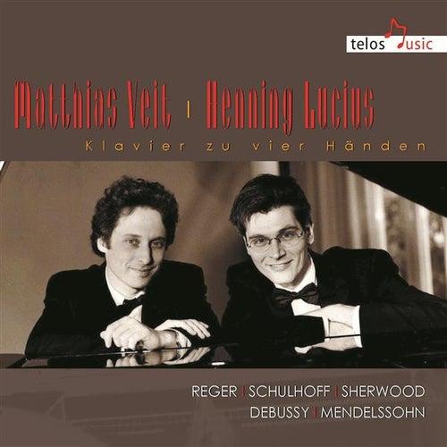 Klavier zu vier Händen von Matthias Veit