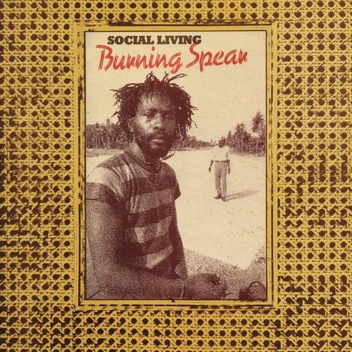 Social Living / Living Dub de Burning Spear