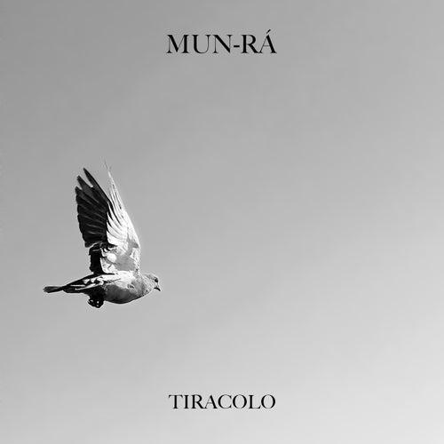 Tiracolo by Mun-Rá