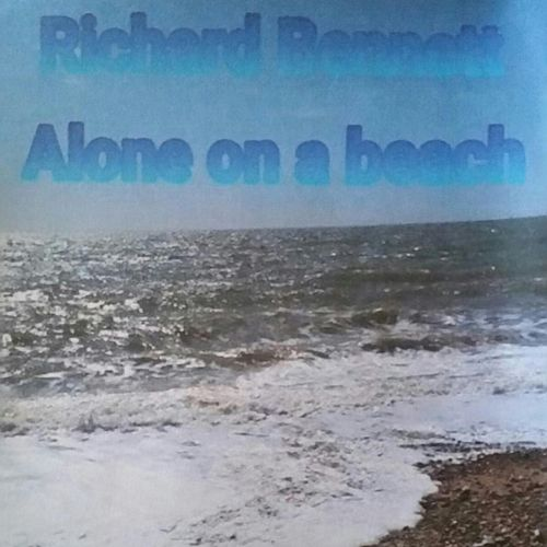 Alone on a Beach de Richard Bennett