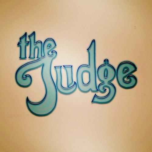 The Judge de Judge