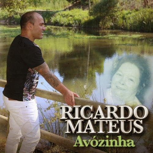 Avózinha by Ricardo Mateus