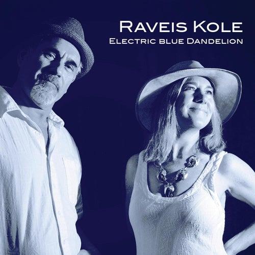 Electric Blue Dandelion von Raveis Kole