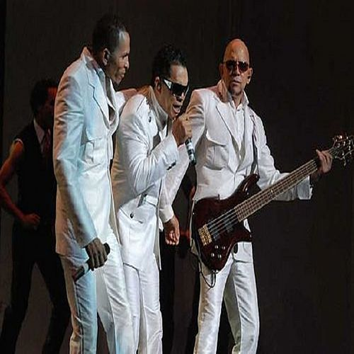 Los Hermanos Rosario (en vivo) by Los Hermanos Rosario