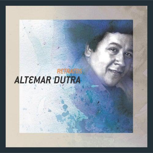 Retratos de Altemar Dutra