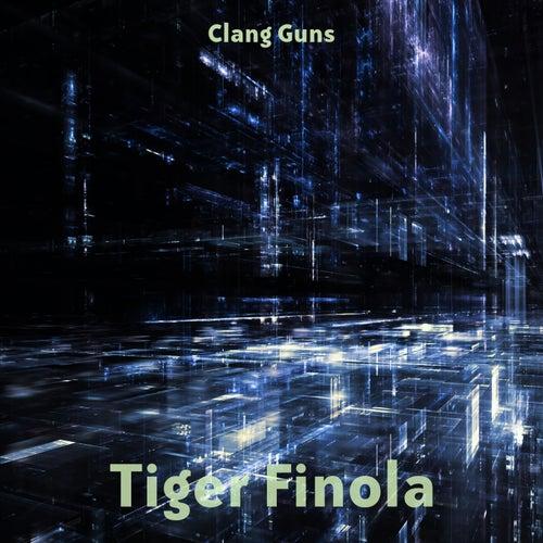 Clang Guns von Tiger Finola