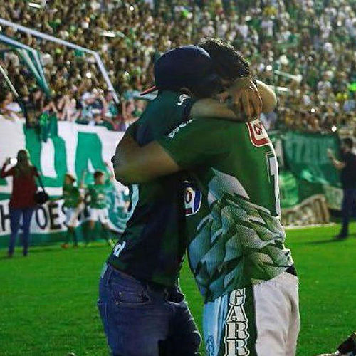 Chapecoense de Cockney Rejects