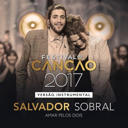 Amar pelos Dois (Instrumental) de Salvador Sobral