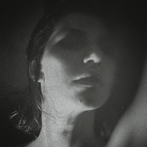 Party von Aldous Harding