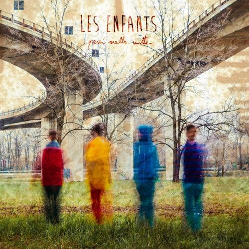 Persi nella notte de Les Enfants