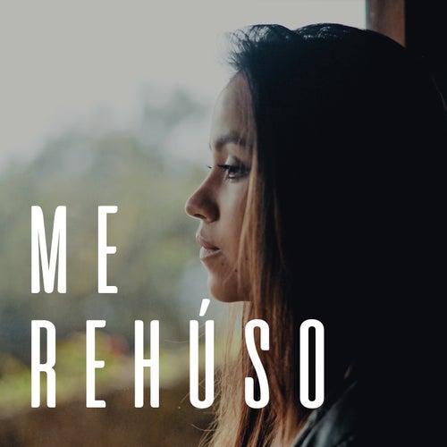 Me Rehúso by Laura Naranjo