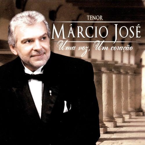 Uma Voz, Um Coração by Márcio José