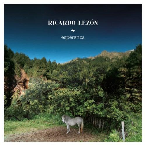 Esperanza by Ricardo Lezón