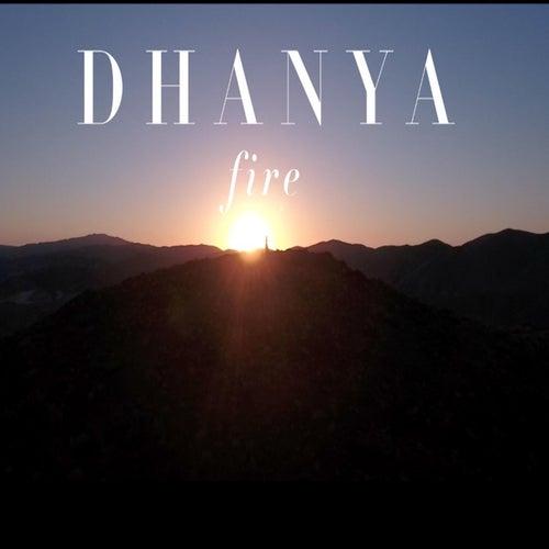Fire von Dhanya