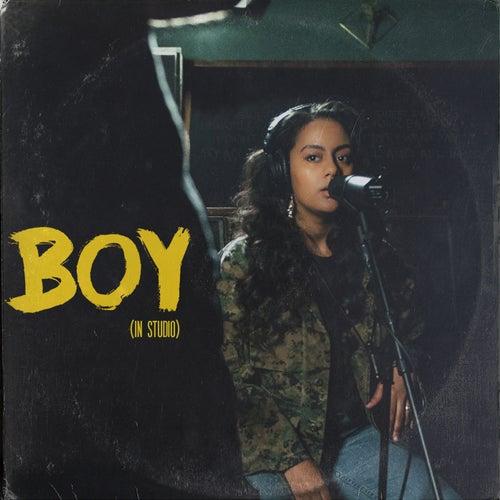 Boy (In Studio) von Bibi Bourelly