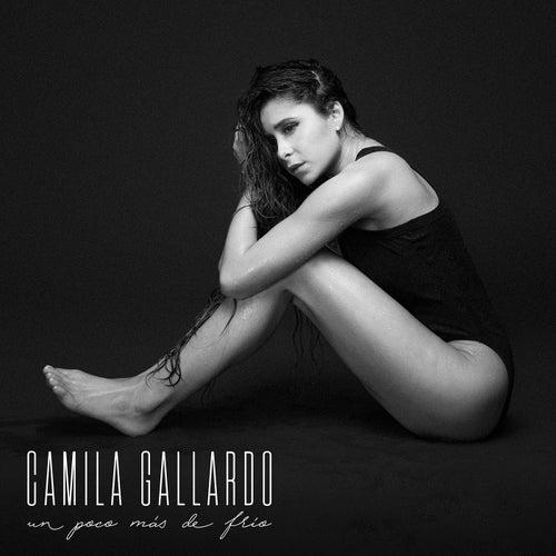 Un Poco Más De Frío de Cami (Camila Gallardo)