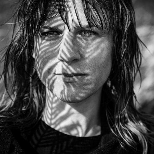 Women von Lina Horner