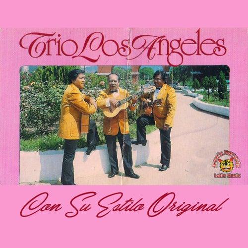 Con Su Estilo Original de Trio Los Angeles
