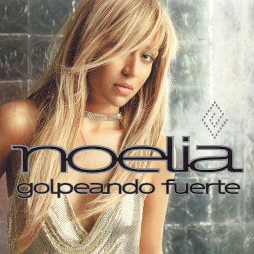 Golpeando Fuerte by Noelia