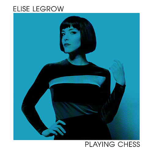 Playing Chess de Elise LeGrow