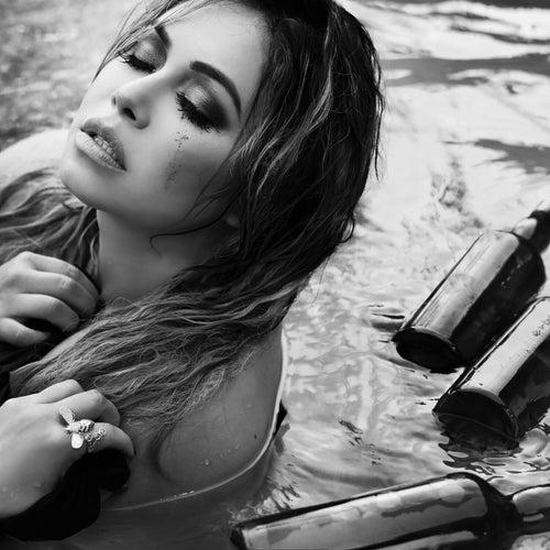 Entre Botellas by Chiquis Rivera
