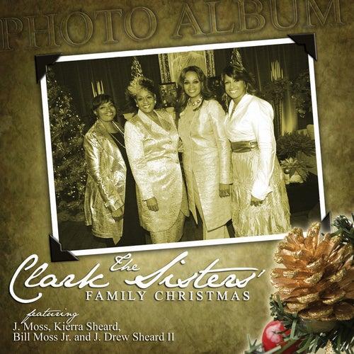 Family Christmas de The Clark Sisters