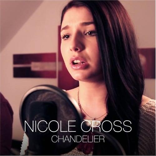 Chandelier de Nicole Cross