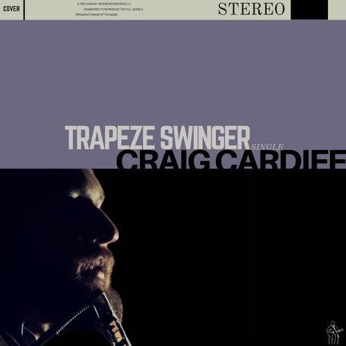 Trapeze Swinger von Craig Cardiff