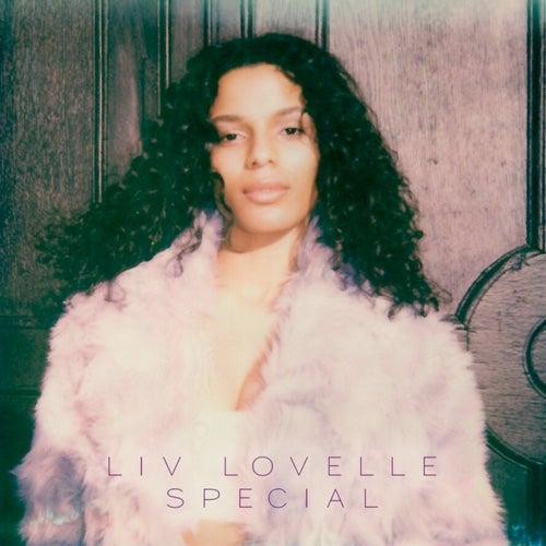 Special van Liv Lovelle