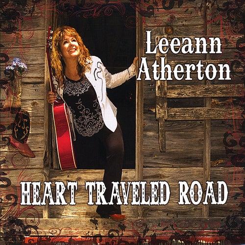 Heart Traveled Road de Leeann Atherton