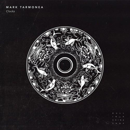 Clocks von Mark Tarmonea