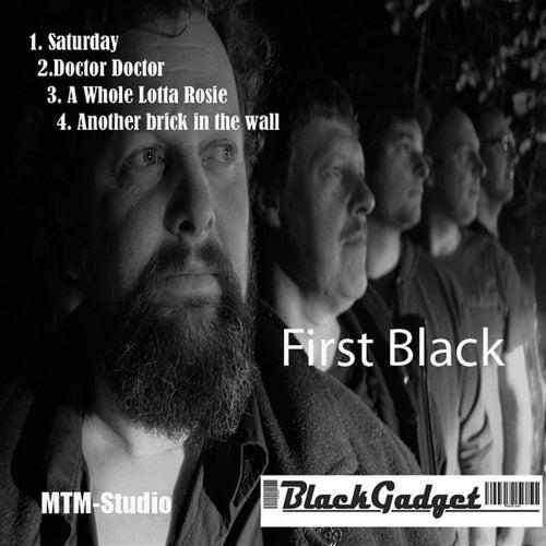 First Black de Black Gadget