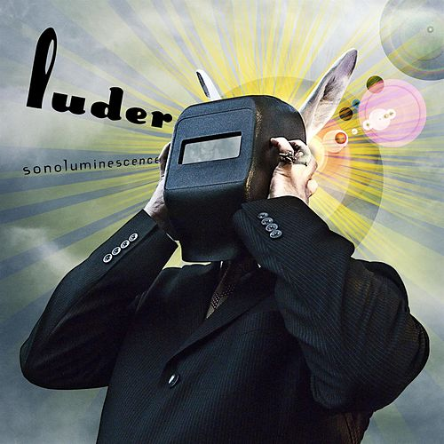 Sonoluminescence by Luder