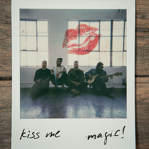 Kiss Me by Magic!