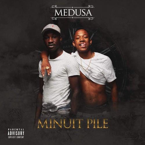 Minuit Pile by Medusa