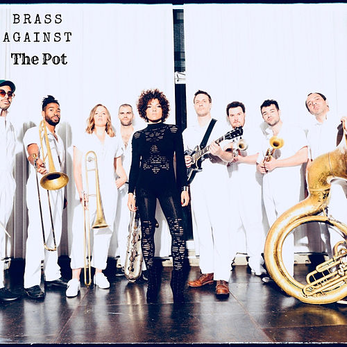 The Pot de Brass Against