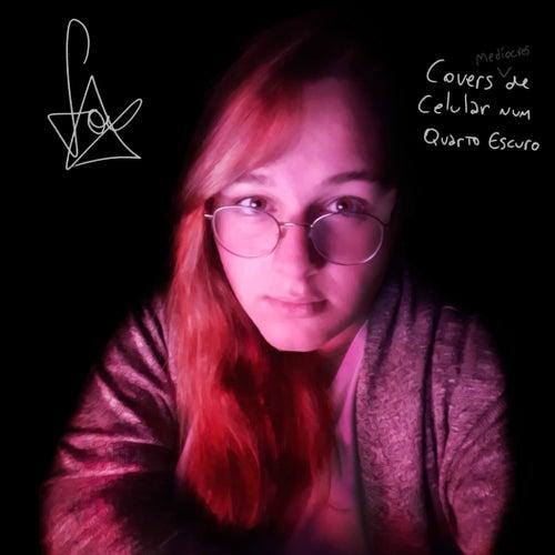 Covers de Celular Num Quarto Escuro by Foqs