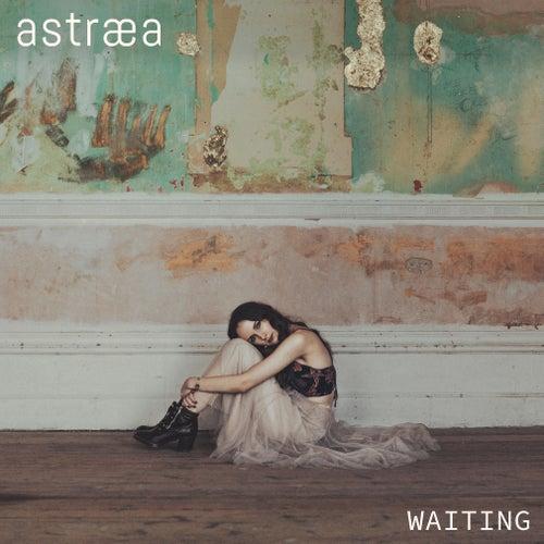 Waiting von Astræa