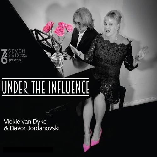 Under the Influence de Vickie Van Dyke