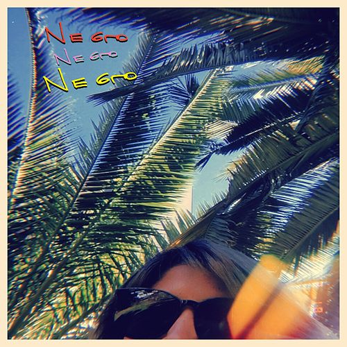 Negro, Negro, Negro by Playa