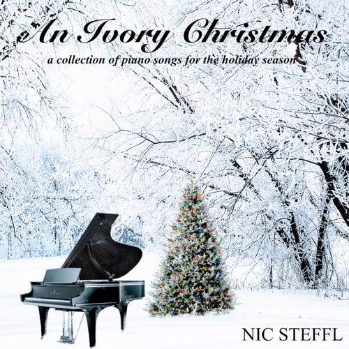 An Ivory Christmas de Nic Steffl